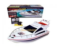 Лодки, моторници, скутери, кораби